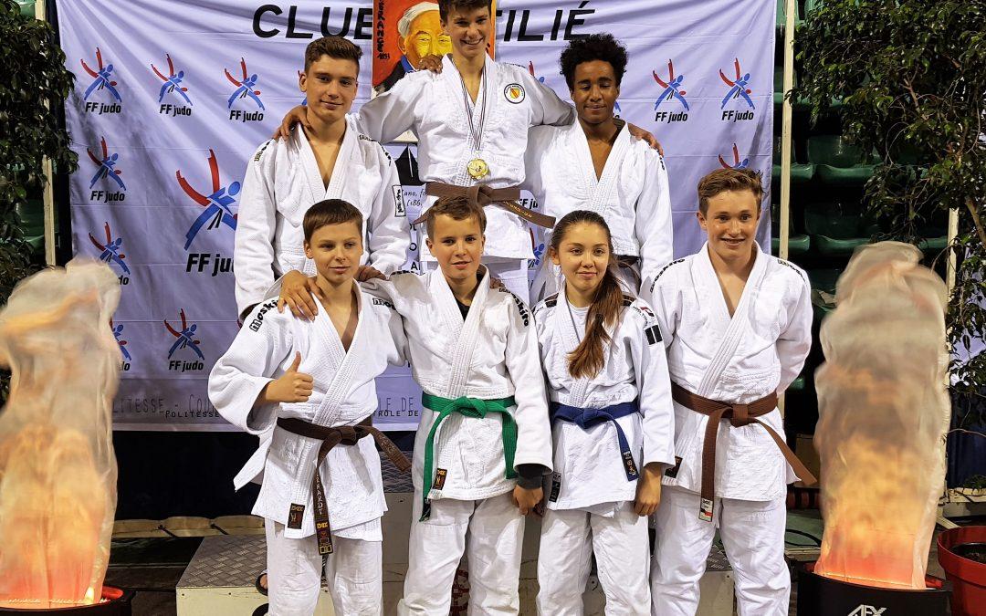 Überragende Teamleistung beim Internationalen Turnier in Frankreich